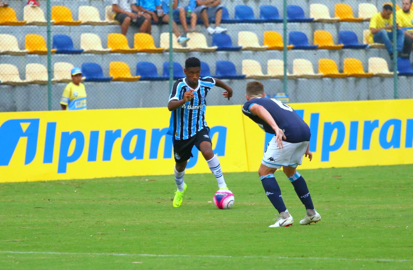 de119c8e50f Grêmio abre disputa da Copa Ipiranga Sub-20 com empate diante do Racing-ARG