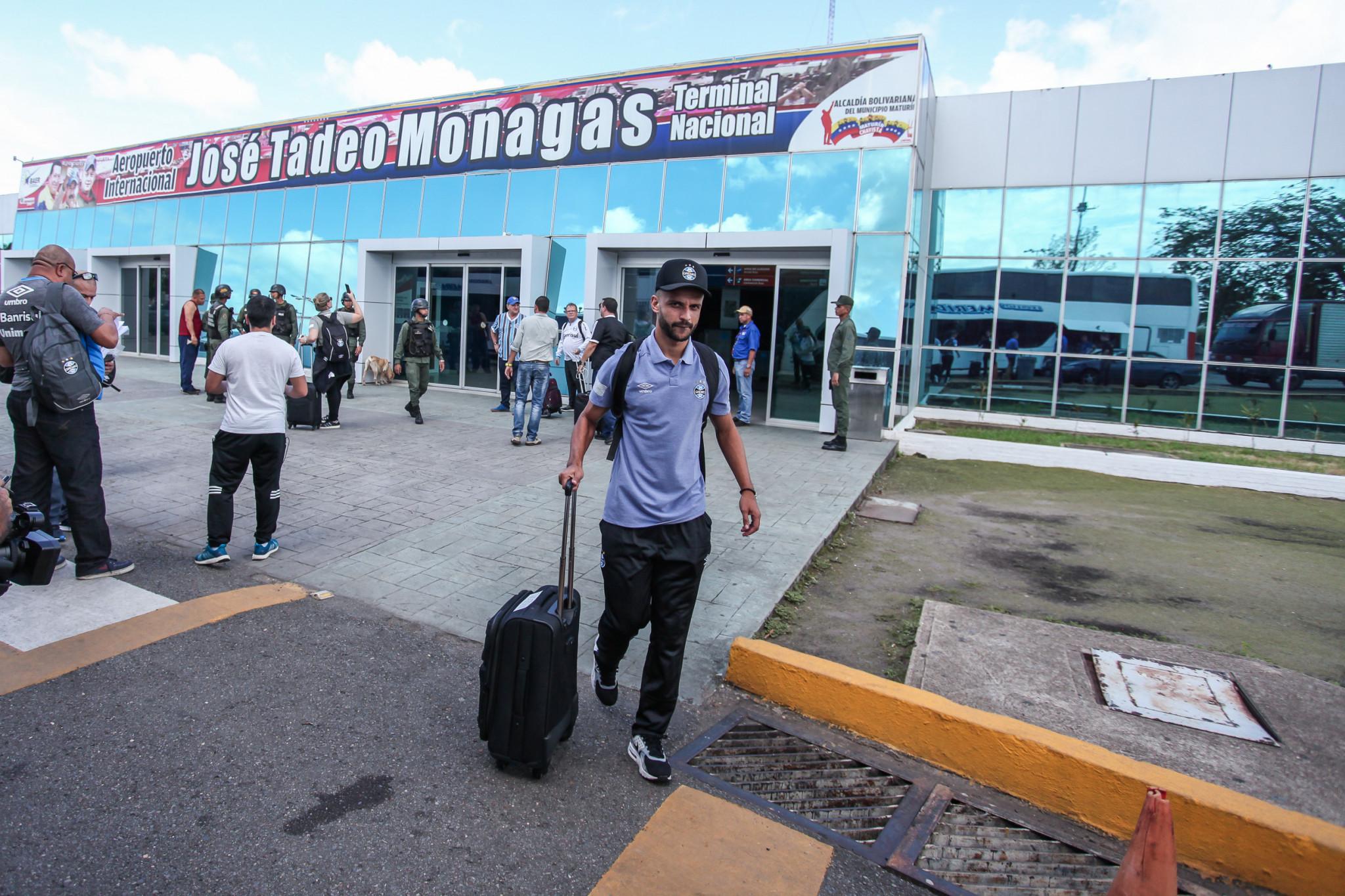 Com time misto, Grêmio visita o Monagas