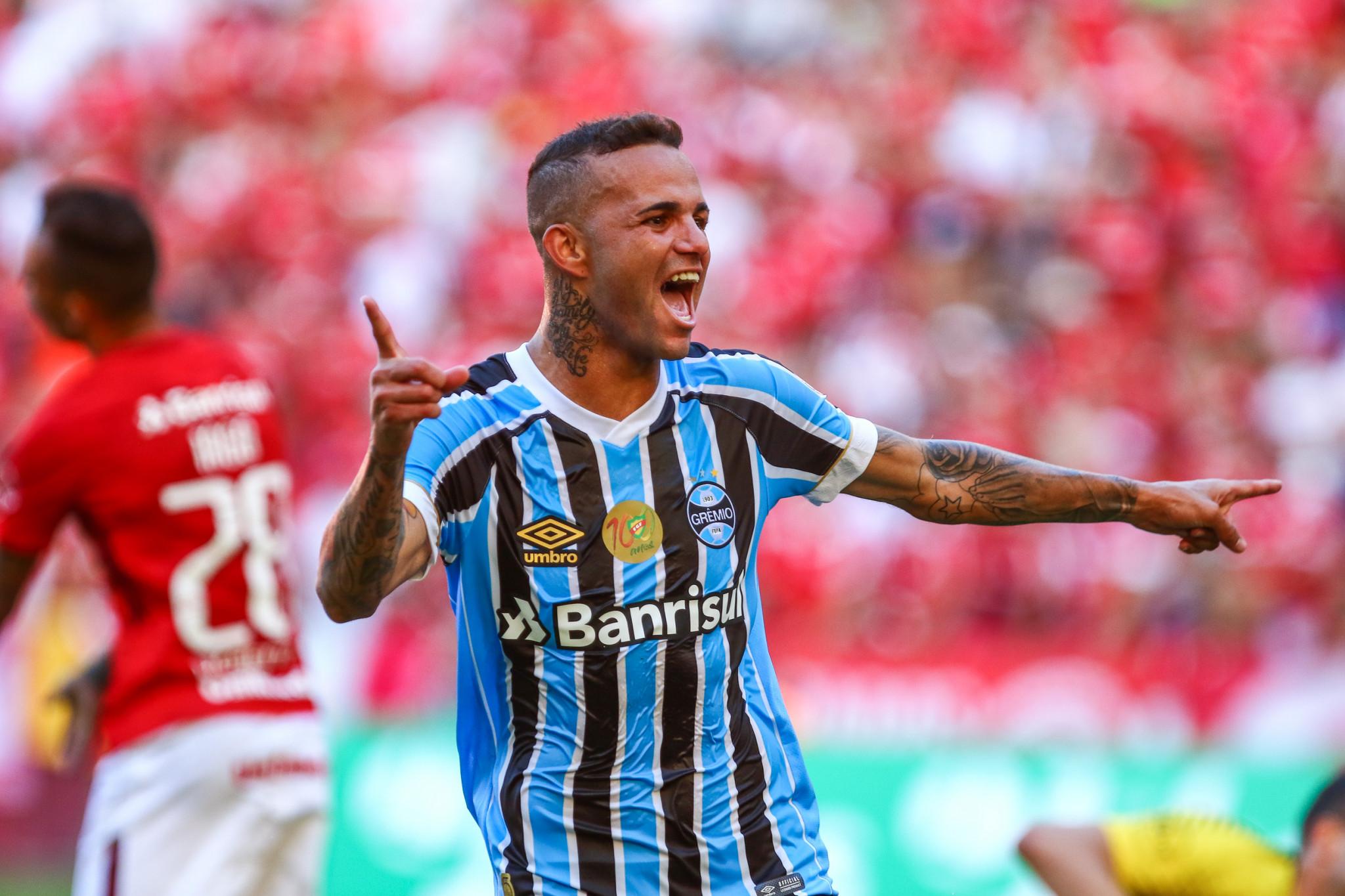 bc9cfb48354cb Grêmio confirma classificação no Gauchão com vitória e superioridade no  clássico Gre-Nal 413